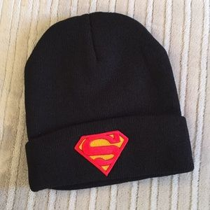 Superman Embroidered Logo Knitted Beanie/New